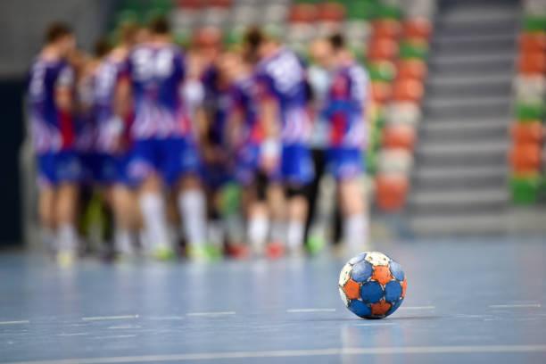 แฮนด์บอล กีฬาที่มีส่วนผสมของหลายกีฬาไว้